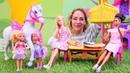 Spielzeugvideo für Kinder. Barbie geht zum Brunch. Spielspaß mit PlayDoh