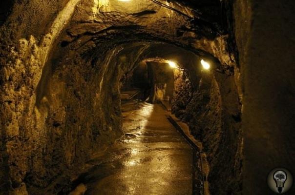 Катакомбы Йиглава в Чехии. Неведомая органная музыка Катакомбами Йиглава называют искусственные подземные сооружения города Йиглав в Южной Моравии. Начало строительства катакомб приходится на