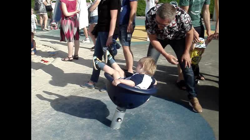 Новые забавы на детской площадке Набережная