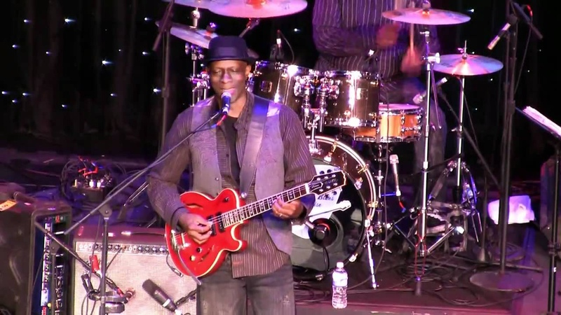 Keb' Mo' LRBC 2010 I'm On Your Side
