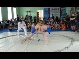 Сарапулов Илья на Кубке города Воткинска по сумо, 5.05.2019 г.