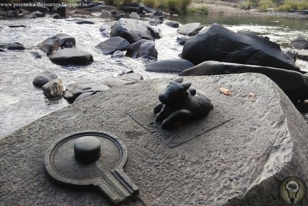 Комплекс Сахараслинга - совершенные технологии обработки в далеком прошлом. Этот археологический комплекс под названием Сахасралинга расположен на реке Шалмала в индийском штате Карнатака. Когда