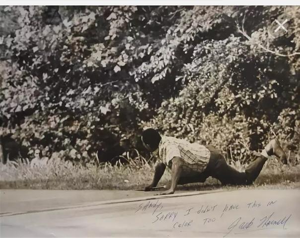 ДЖЕЙМС МЕРЕДИТ ...> В начале 1962/63 учебного года на всю страну буквально прогремело дело Джеймса Мередита. Этот ветеран корейской войны, осмелился на невероятное — он, негр, воспользовался»/></div> <p> <a href=