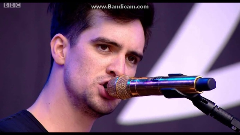 Bohemian Rhapsody Cover - Panic! At The Disco - Reading Festival 2015