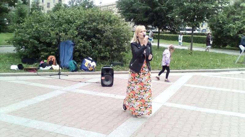 Поклонение в парке Победы.