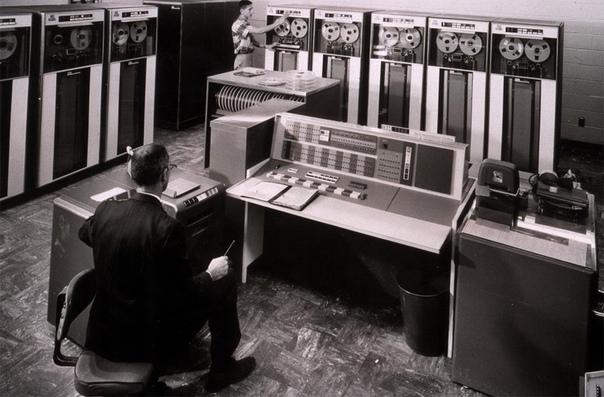 Компьютер IBM 7090