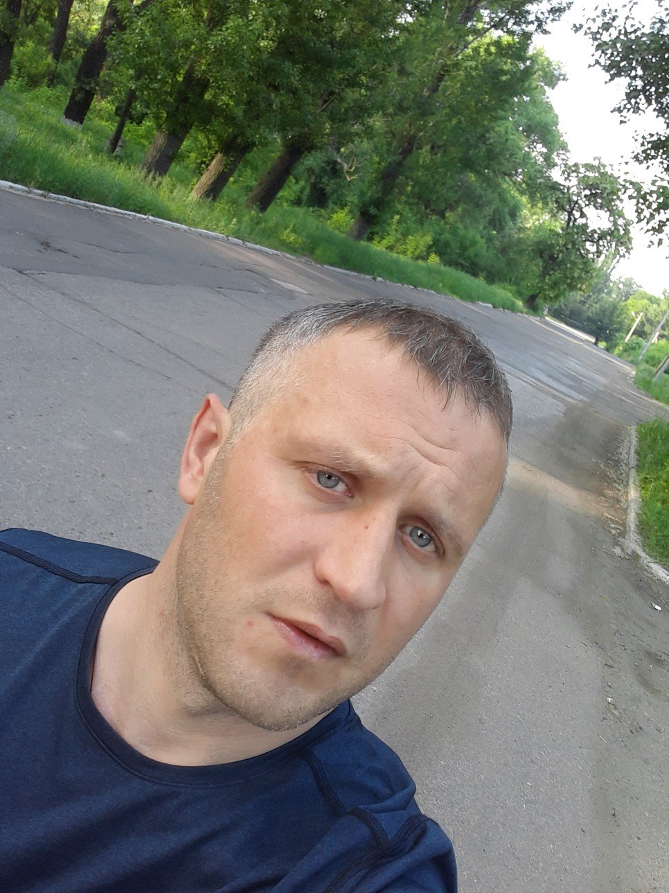 Andrey, 35, Kadiyivka