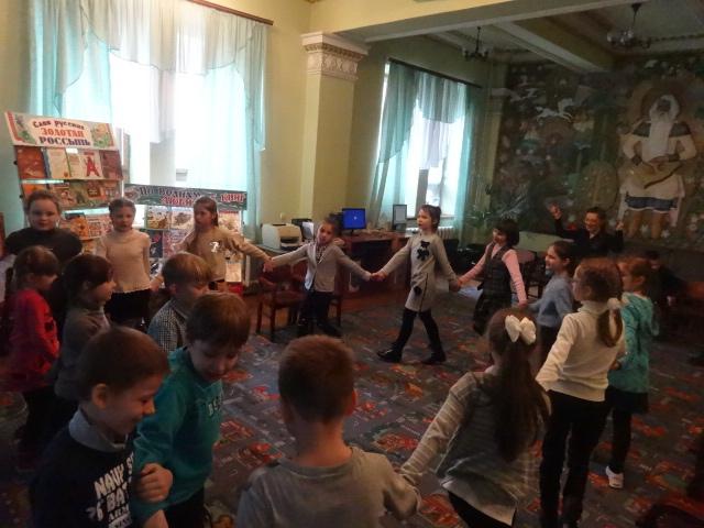 международный день детской книги, донецкая республиканская библиотека для детей, отдел обслуживания дошкольников и учащихся 1-4 классов, детям о чтении
