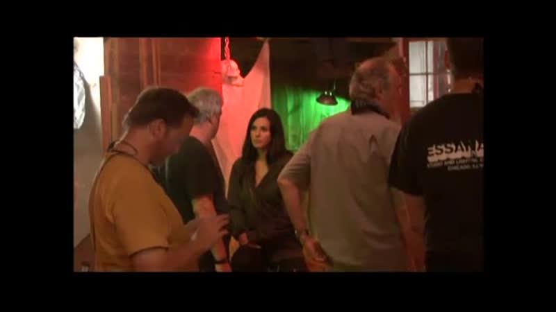 Кортни Кокс на съемках фильма Крик-4 Courteney Cox on the set of Scream 4