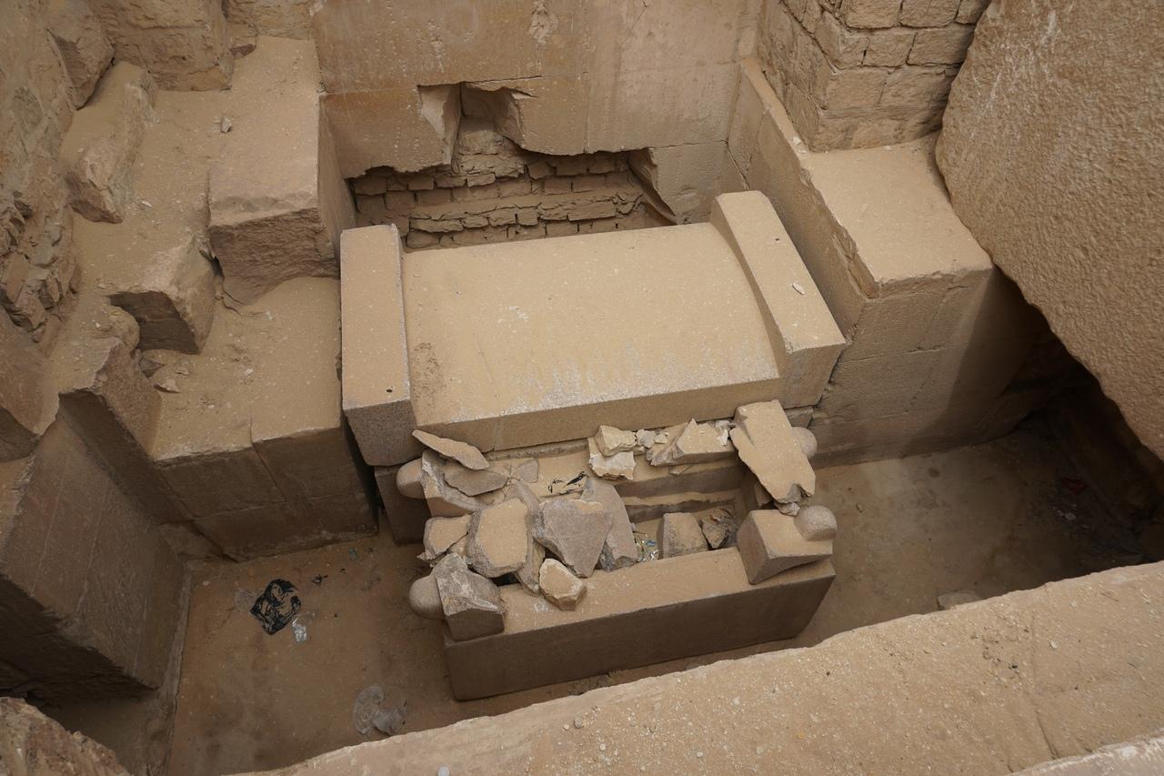 Заброшенные пирамиды в Абусире фараона, комплекс, пирамид, можно, чтото, дороги, пирамиды, осталось, пирамида, династии, фараонов, видно, плохо, сейчас, месте, примерно, Нефериркара, древней, всего, процессий