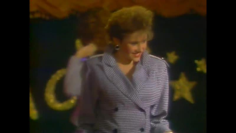 Blondes vs. Brunettes Texas Strip-off.1988.эротика.стриптиз.HD