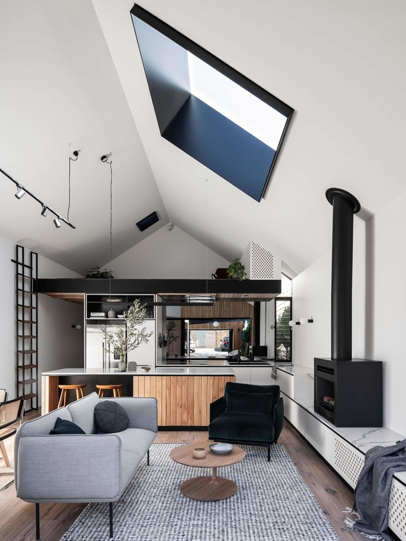 Silhouette Hytte Elwood by FIGR Architecture Studio