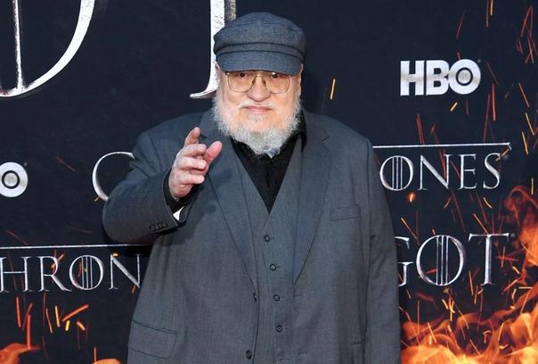 Джордж Мартин пообещал не приступать к сценарию спин-оффа «Игры престолов», пока не напишет «Ветра зимы»