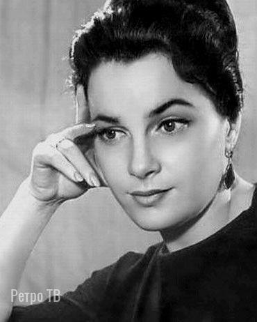 В возрасте 91 года умерла народная артистка СССР, актриса театра и кино Элина Быстрицкая