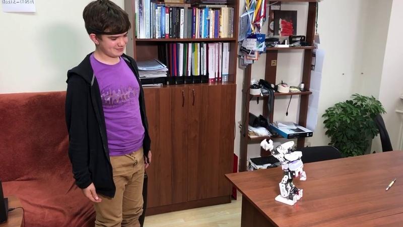 Томичи разработали робота тьютора для детей с аутизмом