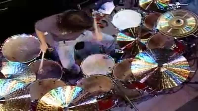 Dave Lombardo first drum solo (full version, MDF 2000).avi