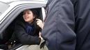 Пьяная девушка угнала машину и врезалась в сугроб