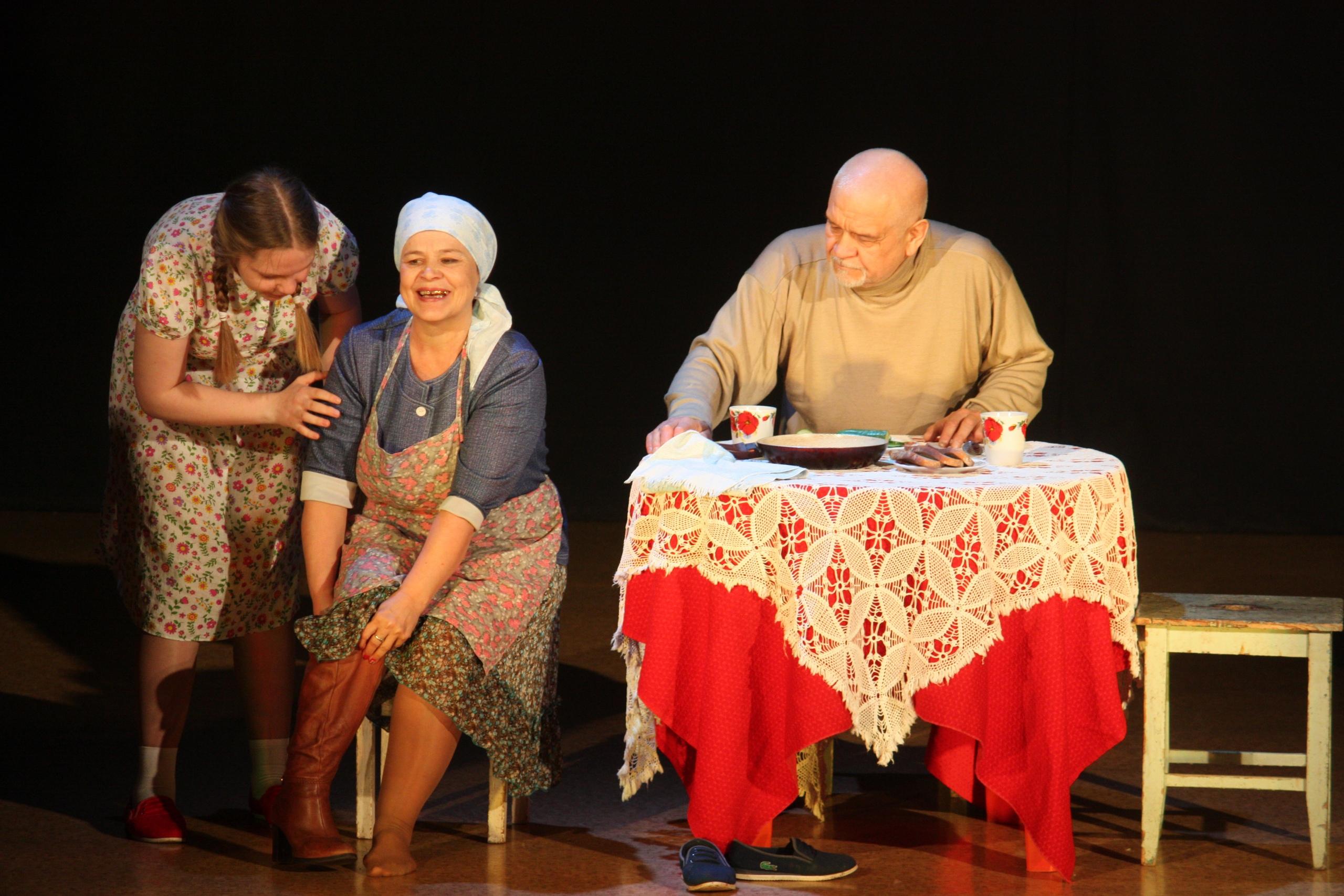 Краевой фестиваль любительских театральных коллективов прошел на очерской земле, откуда берет начало театральное искусство Прикамья.