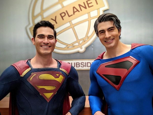 Просыпаемся вместе с двумя Суперменами из «Кризиса на Бесконечных землях» от CW