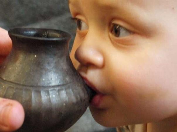 Найдены старейшие «бутылочки» для кормления младенцев Исследовательская группа под руководством специалистов из Бристольского университета (Великобритания) рассказала о первых примерах