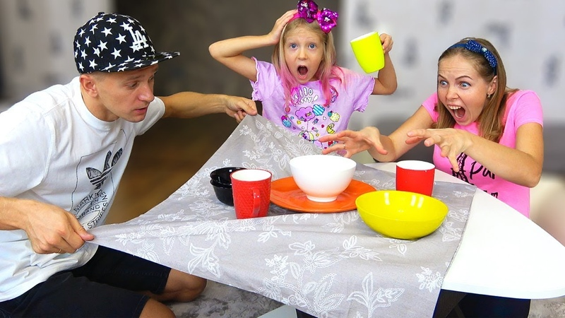 ЧТО УСТРОИЛ ПАПА За ФОКУСЫ ДОМА Милана и Мама Придумали Новую игру! Скетч Челлендж от Family Box