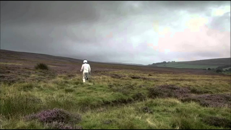 The Stig's Yorkshire cousin runs away in terror from a Peugeot 308 Diesel - Top Gear