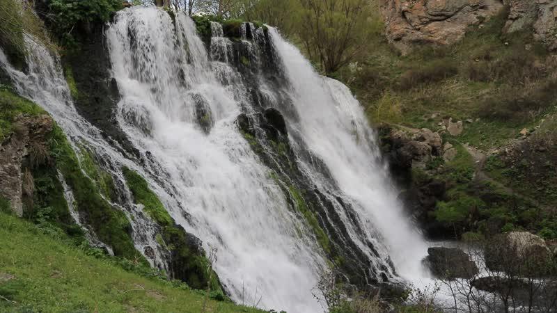 Водопад Шаке.