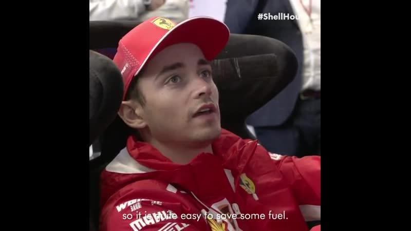 Гран При Канады Шарль на симуляторе в Shell House
