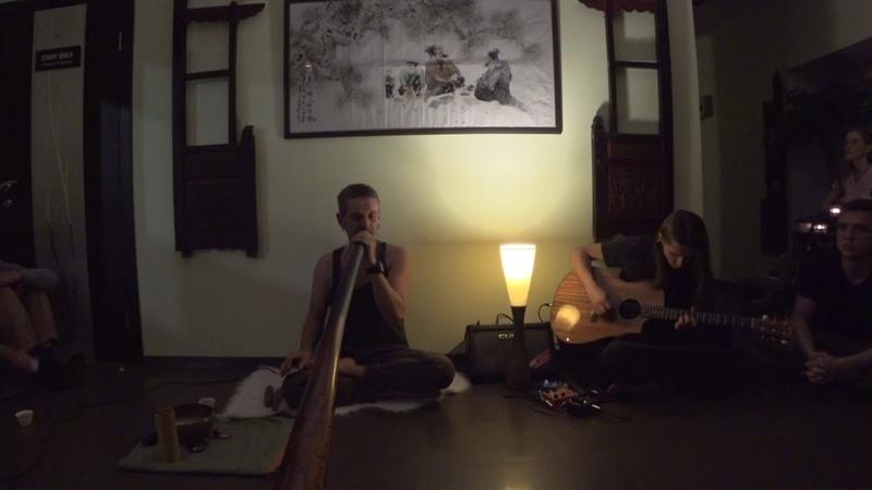Alex Dolbenskiy didgeridoo feat Vlad Yusupov guitar