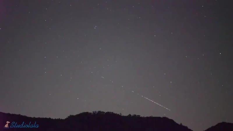Пролет «стаи» спутников «Starlink»! Снято 4 часа назад в Японии!