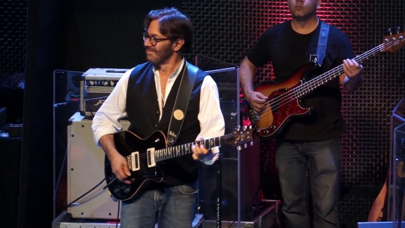 Al Di Meola performing Black Dog and Midnight Tango at the Music Box in San Diego