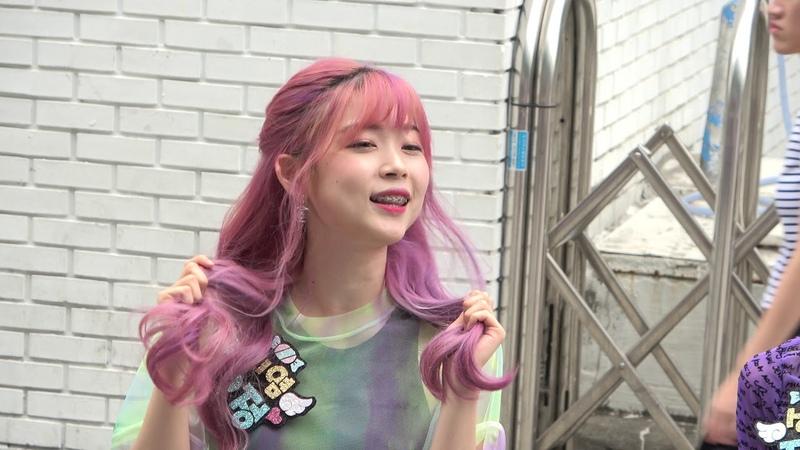 걸그룹 화이트데이 (White-day) - 퀴즈 맞추기 이벤트 - 홍대 걷고싶은거리2019 6 21.hnh.