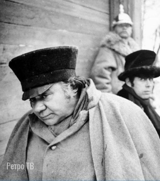 Евгений Леонов на съемках фильма «Женитьба». 1977 год. .