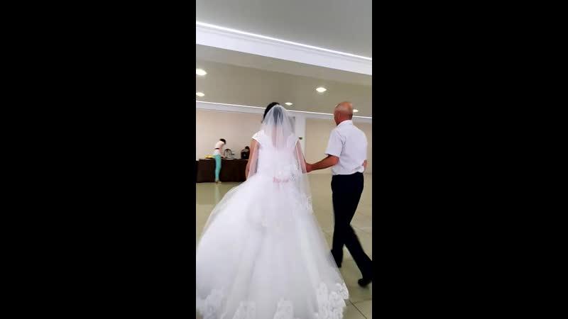 танец с любимым папой )