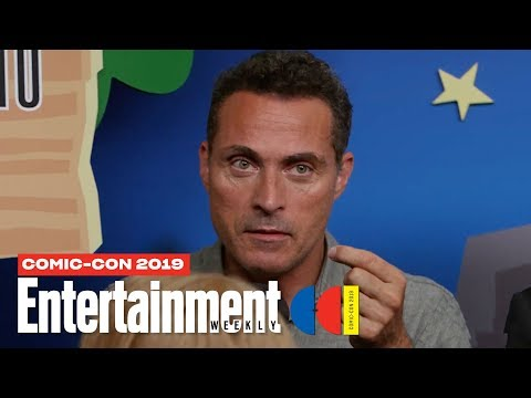 'The Man in the High Castle' Cast Joins Us LIVE | SDCC 2019 | Entertainment Weekly