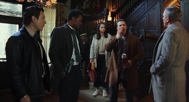 Дэниел Крэйг и Крис Эванс в новом трейлере детективной драмы «Ножи наголо» Пока поклонники Бондианы ждут возвращения Дэниела Крэйга в амплуа агента 007, актер снялся в новом детективном фильме