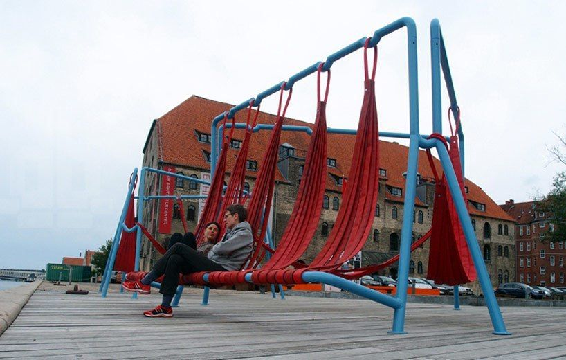 off ground — playful seating elements for public spaces