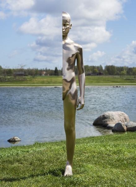 Искусство человеческого тела Творчество Андерса Крисара - шведского художника-концептуалиста, несёт в себе определенные тонкие посылы. Его работы главным образом сосредоточены на человеческом