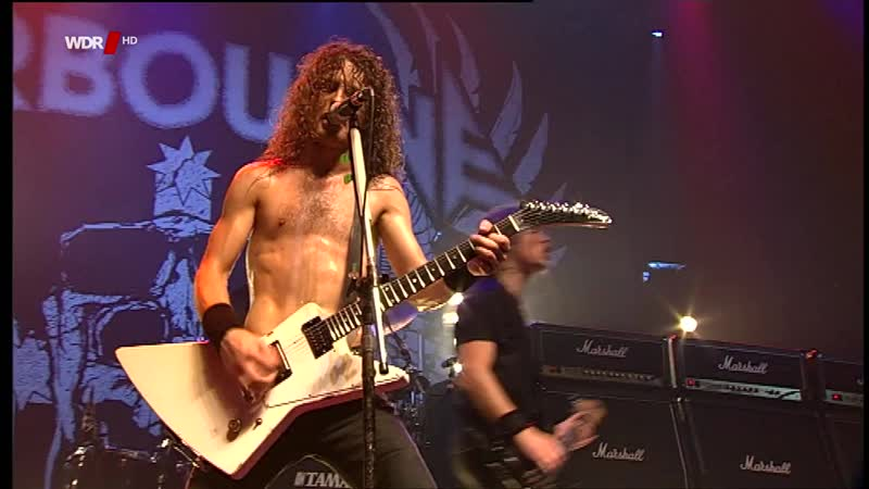 Airbourne - Too Much, Too Young, Too Fast (Live in Cologne, Germany, 2010)Улучшенное звучание. Full HD 1080p.