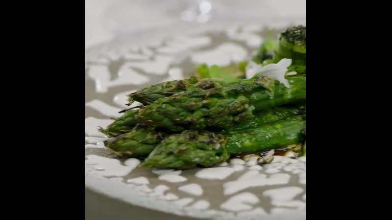 The most incredible asparagus smoked ponzu emulsion Coming soon @luckycatbygordonramsay LuckyCatMayfair