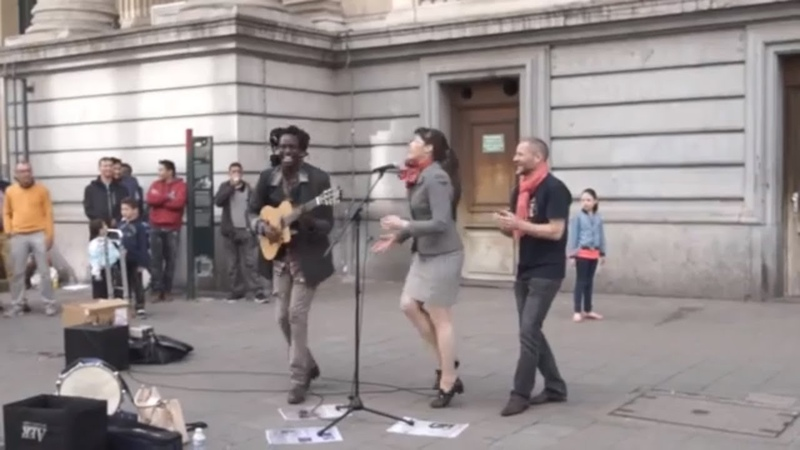 Bob Marley - Dont Worry About a Thing - Street Performance Cover by Lampa Faly
