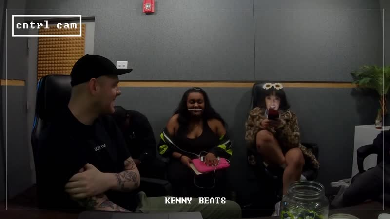 KENNY BEATS DOJA CAT FREESTYLE (The Cave - Episode 7)