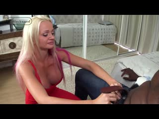 Blonde milf cindy sun gets a big package