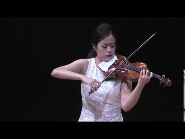 Vitali Chaconne, by Dami Kim