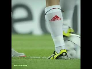 Гол Милана в ворота Барселоны за 24 секунды