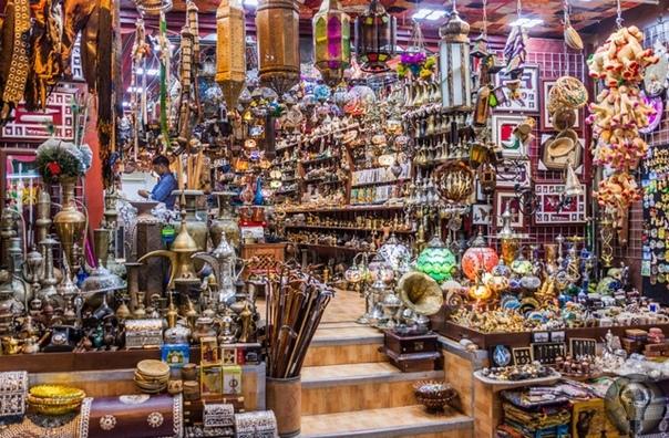 МИФЫ И ПРАВДА ОБ ОМАНЕ Девять секретов Аравийской Швейцарии Оман это где-то очень далеко. И вообще неправда Удивительно, но факт: когда люди слышат слово «Оман», они думают, что автор ошибся и