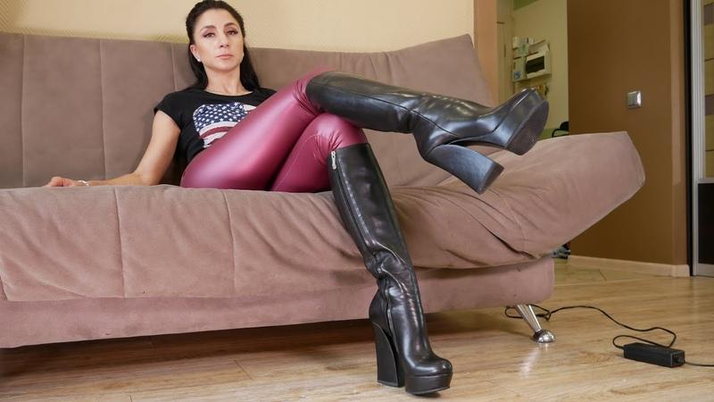 Catherina's round toe platform high heels Gianmarco Lorenzi boots Size EU 38 US 7,5