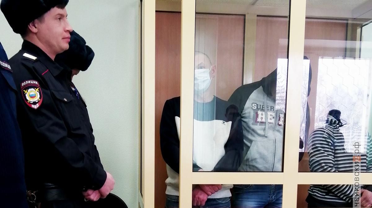 суд, банда рэкетиров, 2019 год