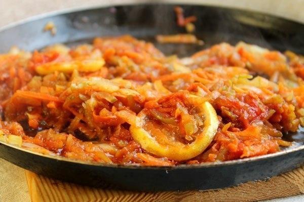 Всеми любимая солянка с колбасой!
