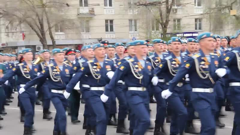 Рязанцы встретили десантников, вернувшихся с Парада в Москве 2017